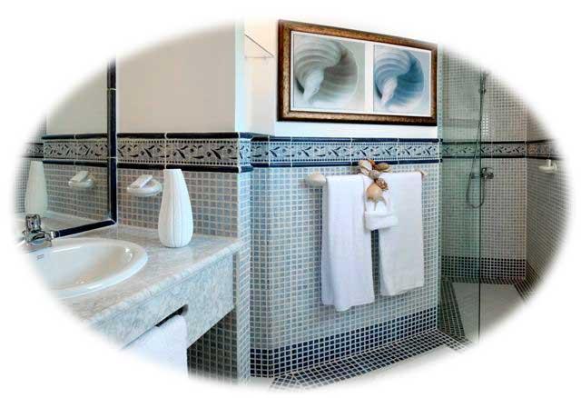 Bathroom-Crown-Suites