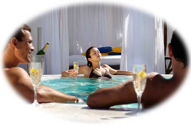 jacuzzi lifestyle tropical beach resort